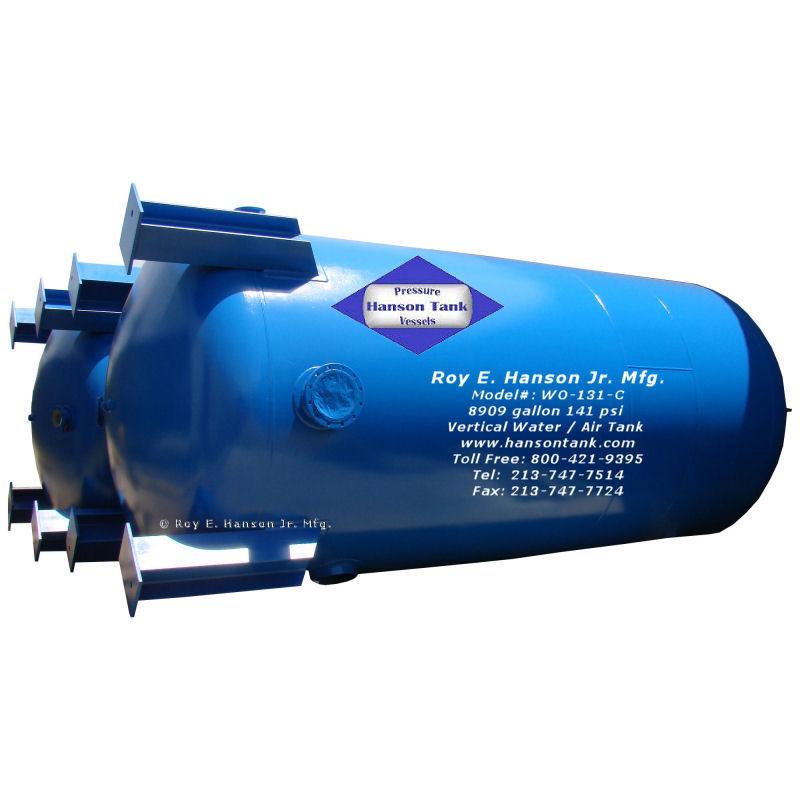WO131C-0860-vertical-watertanks